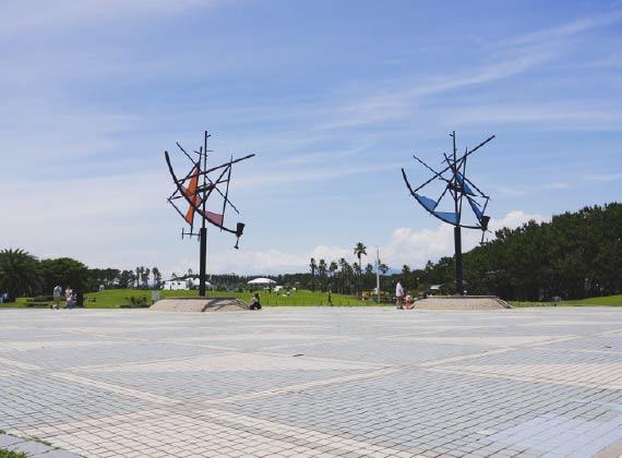 辻堂海浜公園(徒歩約12分)