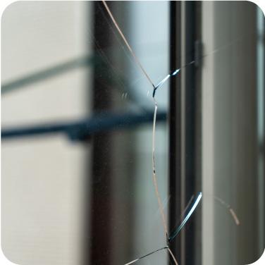 窓ガラスのトラブル